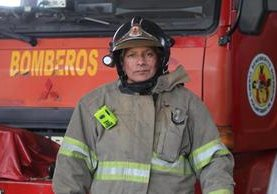 Adan Hidalgo presta servicio en la 22 Compañía de los CBV, en Mixco. (Foto Prensa Libre: Erick Ávila)