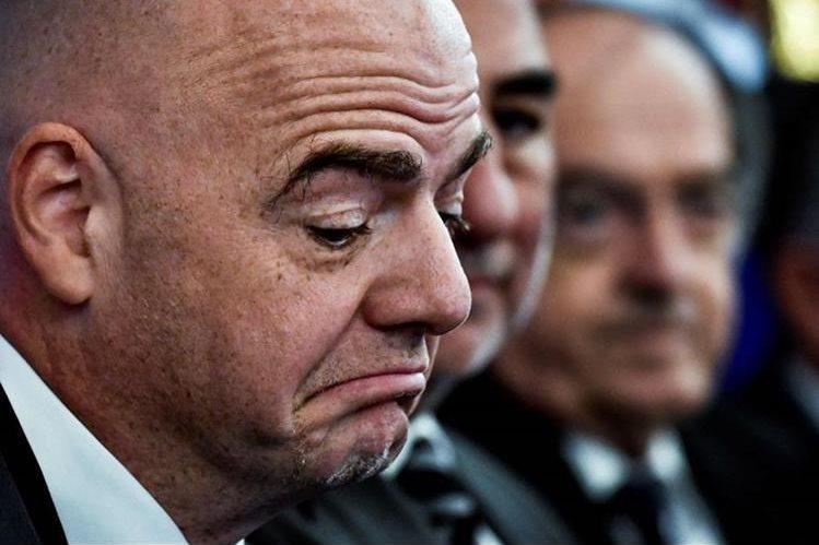 Gianni Infantino sobre el fantasma dijo que los árbitros son humanos y comenten errores. (Foto Prensa Libre: AFP).