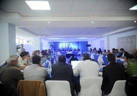 La Asamblea determinó en la votación que no apoya la continuación del Comité de Regularización. (Foto Prensa Libre: Edwin Fajardo)