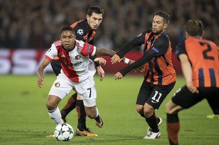 El Feyenoord sucumbió en casa. (Foto Prensa Libre: AFP)