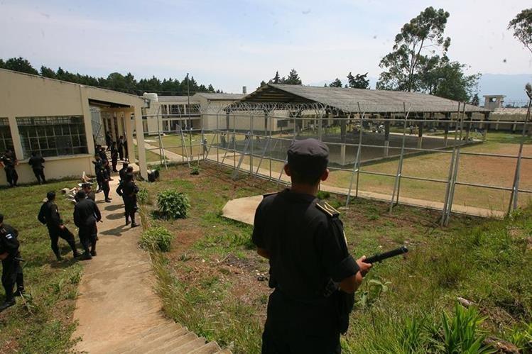 El centro correccional Etapa 2, en San José Pinula, debe inhabilitar un área para remozarla y ofrecer mejores condiciones a los adolescentes, según un Juzgado. (Foto Prensa Libre: Hemeroteca PL)