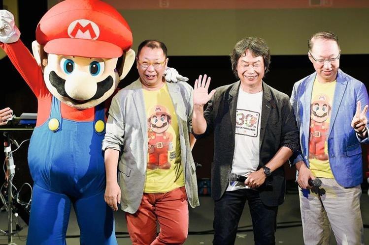 Nintendo celebró en Japón los 30 años de su personaje consentido, Super Mario. (Foto Prensa Libre: EFE).