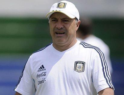 Julio Olarticoechea será el técnico de la Albiceleste en los Juegos Olímpicos de Río de Janeiro. (Foto Prensa Libre: tomada de internet)