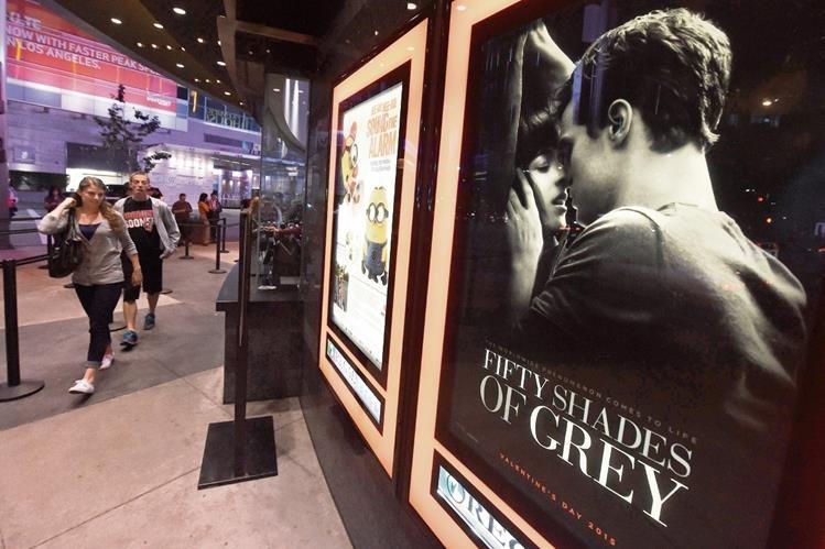 Los libros se han convertido en un fenómeno mundial, y la cinta ha generado gran espectativa. (Foto Prensa Libre: AFP)