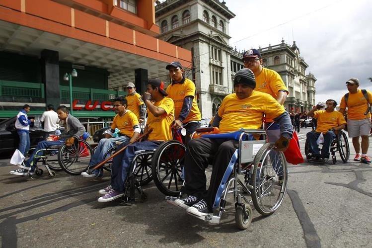 Comité expresa preocupación por que discapacitados sean retirados de fuentes de trabajo. (Foto Prensa Libre: HemerotecaPL)