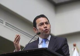 El presidente Jimmy Morales, ha salido del país en cuatro momentos de crisis. (Foto Prensa Libre: Hemeroteca PL)