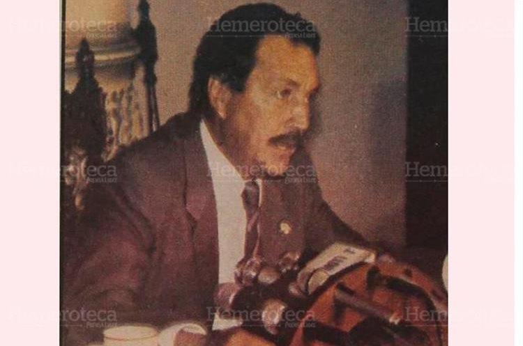 Vinicio Cerezo, presidente en 1990, dijo que no habría aumento a los combustibles, pero mintió. (Foto: Hemeroteca PL)