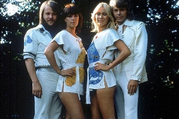 ABBA dio la vuelta al mundo con exitosos temas pop. (Foto Prensa Libre: Hemeroteca PL)