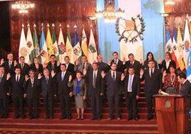 Juramentación de los 22 gobernadores en marzo de 2016. (Foto Prensa Libre: Hemeroteca PL)