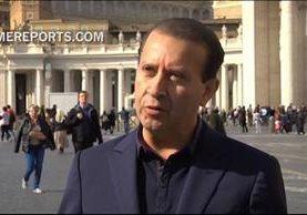 Noel Díaz, mientras ofrece una entrevista al medio oficial vaticano Rome Reports. (Foto: ROMEREPORTS).