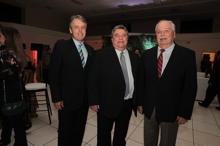 Otto Becker, Andrés Castillo y Juan Miguel Torrebiarte. (Foto Prensa Libre: Edwin Castro)
