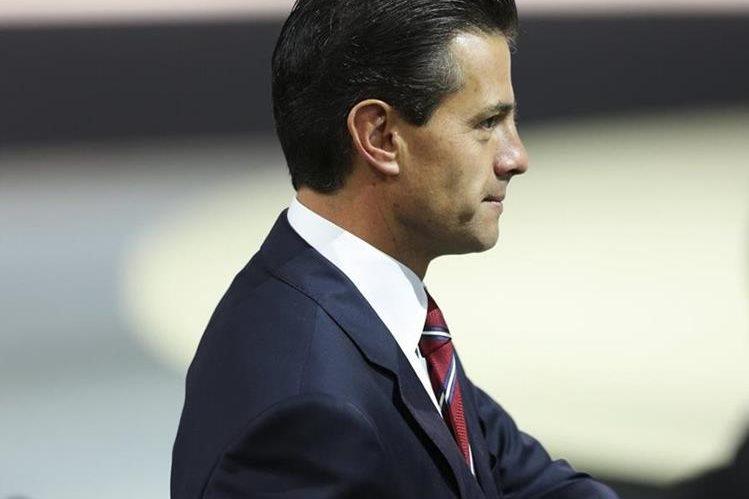 El presidente de México, Enrique Peña Nieto, habría recibido los servicios del ciberpirata. (Foto Prensa Libre: EFE).