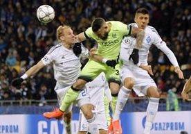 El Manchester City vence 3-1 de visita al Dinamo de Kiev.