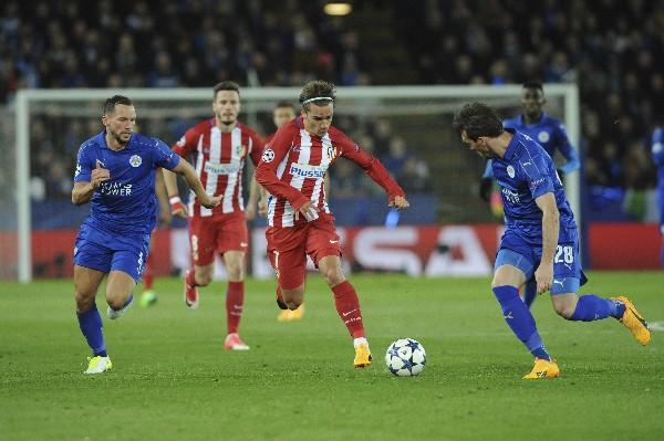 El Atlético de Madrid y el Leicester empataron 1-1 en el partido de vuelta de los cuartos de final de la Champions League. (Foto Prensa Libre: AP)