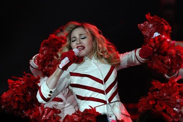 "<p>Madonna<br _mce_bogus=""1""></p>"