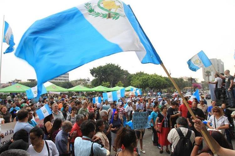 El CES ha delineado un diálogo sobre pacto fiscal, políticas públicas y estrategias de Estado. (Foto Prensa Libre: Hemeroteca PL)