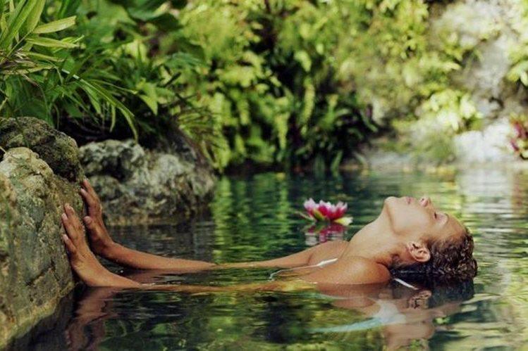 Las propiedades curativas de las aguas termales en los spas ha sido aprovechada desde la época de los griegos antiguos. (GETTY IMAGES).