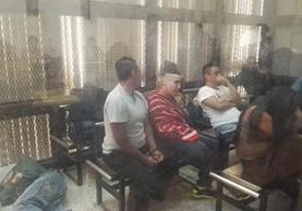 Pandilleros durante la audiencia el pasado 10 de abril, cuando el MP pidió las sentencias. Foto Prensa Libre: Hemeroteca PL