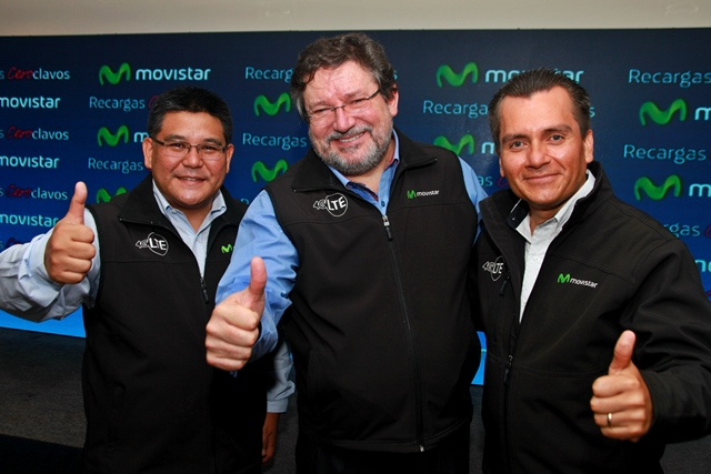 Carlos Namisato y Humberto Pato-Vinuesa, ejecutivos de Movistar. (Foto Prensa Libre: Hemeroteca PL)