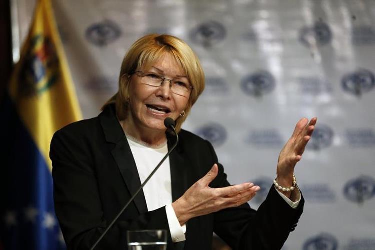 La fiscal general Luisa Ortega Diaz habla durante una conferencia de prensa Caracas. (AP).