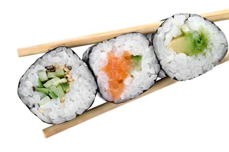 Los ingredientes con que se prepara el sushi tienen efectos positivos en el organismo. (Foto Prensa Libre: HemerotecaPL)