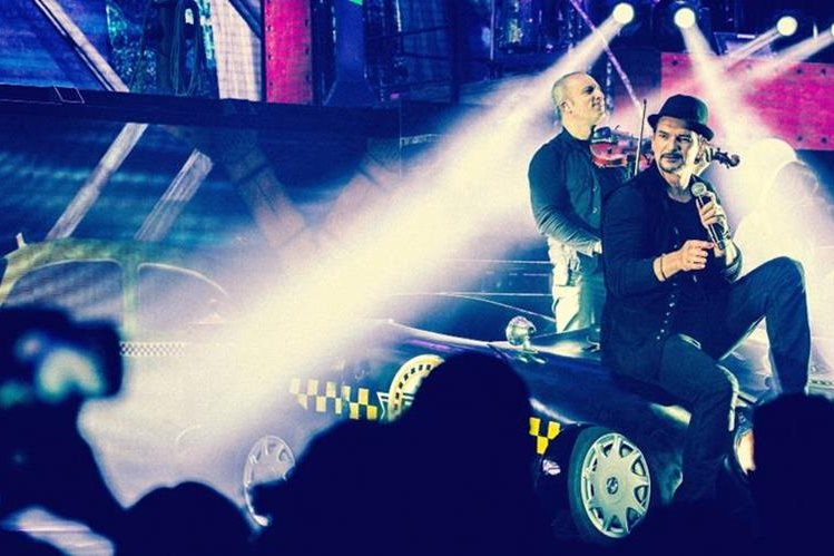 Arjona continúa haciendo historia en la escena musical. (Foto Prensa Libre: Metamorfosis)