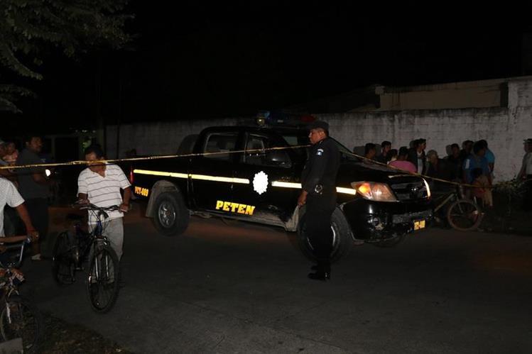 Vecinos del lugar indicaron que el sector donde ocurrió el ataque es peligroso. (Foto Prensa Libre: Rigoberto Escobar)