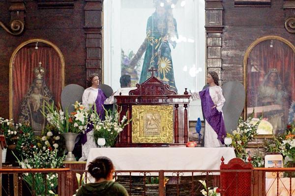 Feligreses de Guatemala  y del sur de México visitan imagen del Nazareno de Santa Ana Huista, Huehuetenango. (Foto Prensa Libre: Mike Castillo)