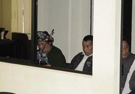 Abelina Cirila López Godínez y Casimiro Vail Díaz, abuelos paternos de la víctima fueron enviados a juicio. (Foto Prensa Libre: María José Longo).