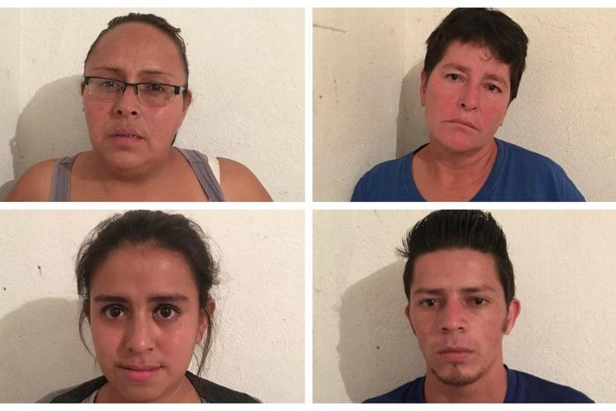 Presuntos secuestradores capturados. (Foto Prensa Libre: PNC)