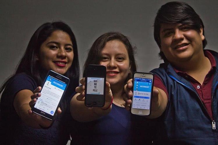 Los impulsores de la iniciativa quieren que los jóvenes se interesen en el presente y futuro del sistema de justicia. (Foto Prensa Libre: Josué León)