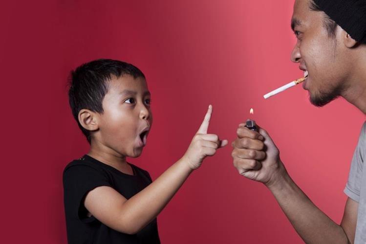 Según estudio, en bares y restaurantes de la ciudad de Guatemala no se ha respetado la prohibición de no fumar.
