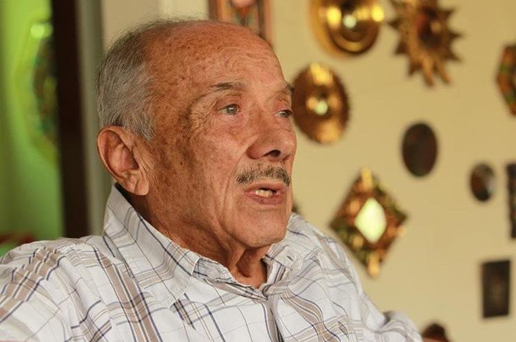 Jorge Mario García Laguardia, ex procurador de Derechos Humanos en Guatemala , en entrevista con Prensa Libre comenta acerca de diferentes temas en el ámbito de los Derechos Humanos, su aplicación, y detalles sobre la elección para ombudsman que se avecina. (Foto Prensa Libre: Estuardo Paredes)
