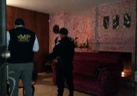 Interior de un inmueble allanado durante los operativos contra la trata de personas en la capital y Mixco. (Foto Prensa Libre: Ministerio Público).