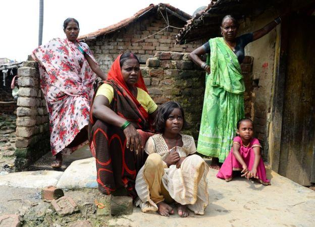 Analistas señalan que el sistema de castas que aún se mantiene en algunas zonas de India es la causa de estos secuestros. GETTY IMAGES