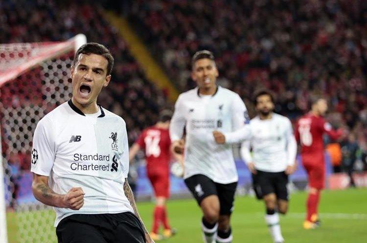 Philippe Coutinho ayudó con su gol a rescatar un empate para el Liverpool en Rusia. (Foto Prensa Libre: AP)