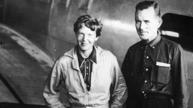 Earhart desapareció a los 39 años durante un vuelo en 1937 sobre el Pacífico mientras intentaba volar alrededor del mundo junto a Fred Noonan. GETTY IMAGES