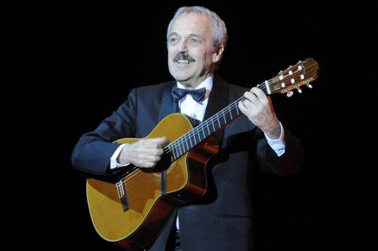 Daniel Rabinovich, componente del grupo cómico-musical argentino Les Luthiers, murió a los 71 años. (Foto Prensa Libre: AFP)
