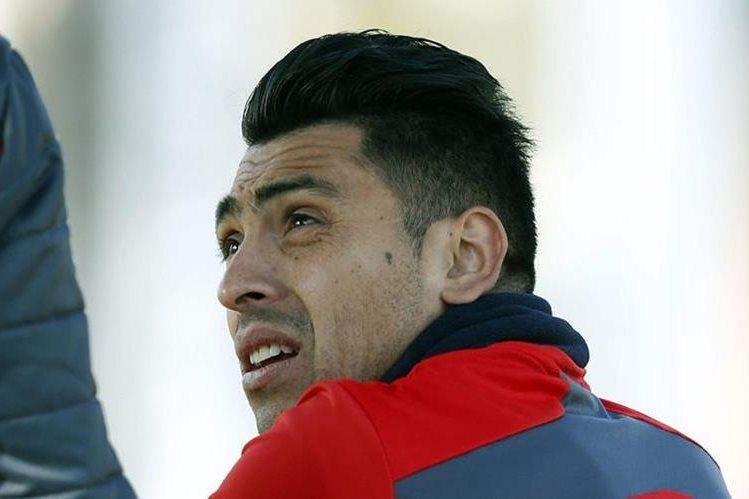 Gonzalo Jara, durante un entrenamiento de la selección chilena. (Foto: Hemeroteca PL)