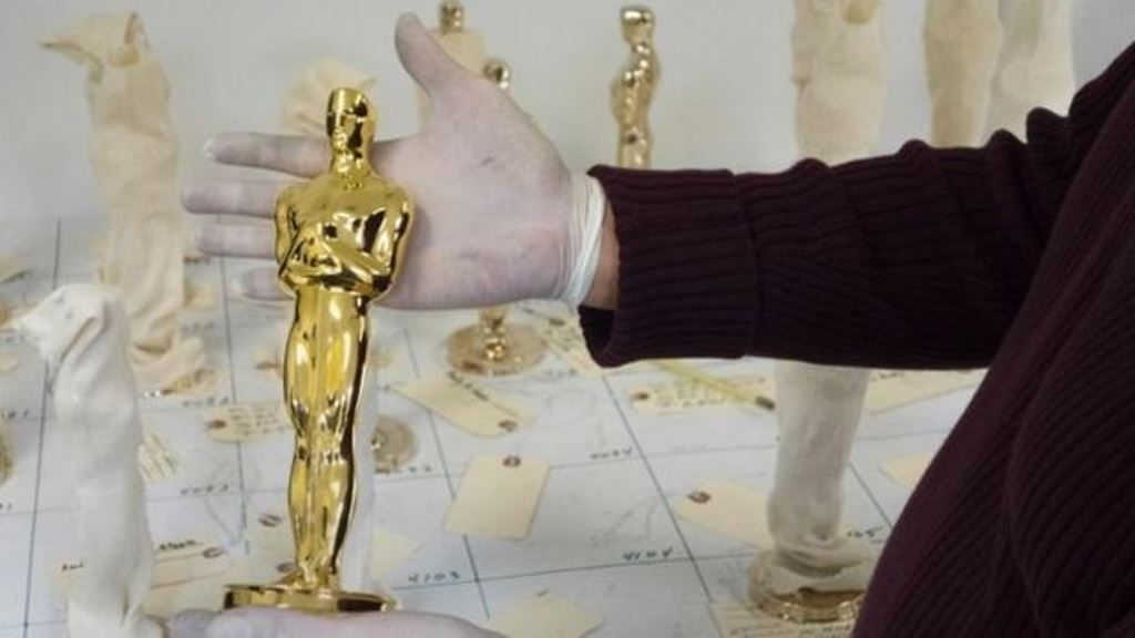 Spielberg adquirió en sendas subastas por una suma combinada superior a US$1 millón las estatuillas doradas obtenidas por Clark Gable en 1935 y Bette Davis en 1939. (AFP)