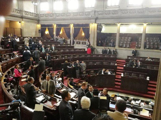 El pleno del Congreso reunido para la interpelación del ministro Aldo García. (Foto Prensa Libre: Jessica Gramajo)