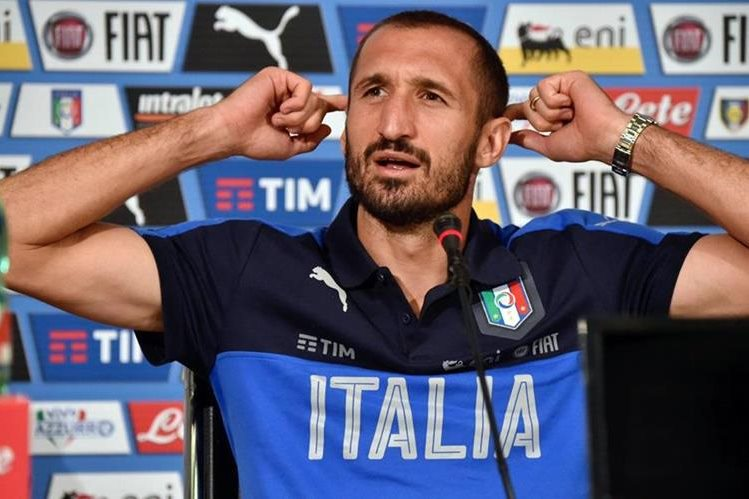 Chiellini es uno de los pilares en la defensa de la Juventus. (Foto Prensa Libre: AP)