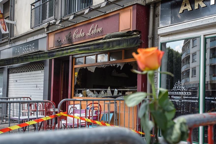 Bar Cuba Libre, en Rouen, Francia, donde murieron 13 personas por incendio. (EFE)