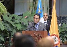 Jimmy Morales se ha alejado de las ruedas de prensa luego del involucramiento de su hijo y hermano en un acto de corrupción. (Foto Prensa Libre: Hemeroteca PL)