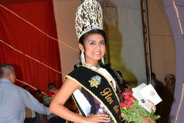 <p>Maryulin Yuliza Flores fue coronada Flor de la Feria. (Foto Prensa Libre: Erick de la Cruz)<br></p>