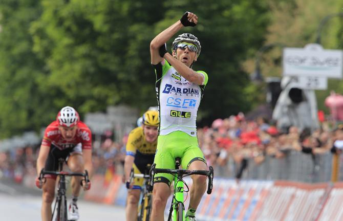 Stefano Pirazzi quedó fuera del Giro que comienza este viernes. (Foto Redes).