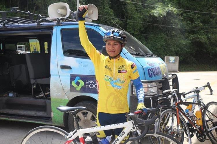 Mardoqueo Vásquez se prepara para competir en el campeonato nacional. (Foto Prensa Libre: Cortesía Fedeciclismo)