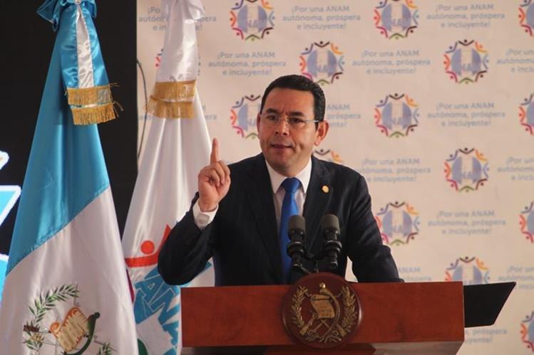 El presidente Jimmy Morales podría perder su inmunidad por financiamiento ilegal en la campaña electoral del 2015. (Foto Prensa Libre: Hemeroteca)