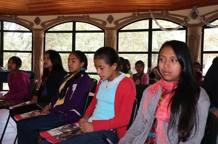El objetivo del proyecto es que las niñas tengan mejores oportunidades de desarrollo. (Foto Prensa Libre: Héctor Cordero).
