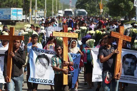 Estudio arroja nuevas luces sobre desaparición de estudiantes. (Foto Hemeroteca PL)